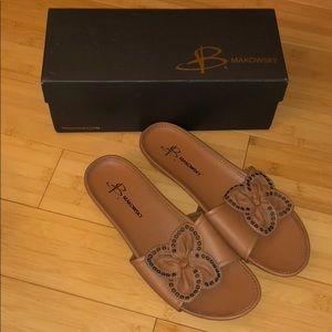 B Makowsky leather sandals